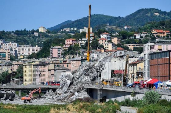 Le macerie del ponte Morandi di Genova crollato il 14 agosto scorso
