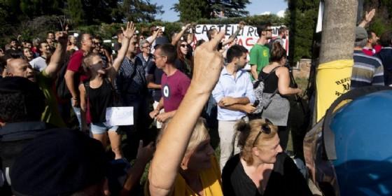 Proteste al centro d'accoglienza di Rocca di Papa