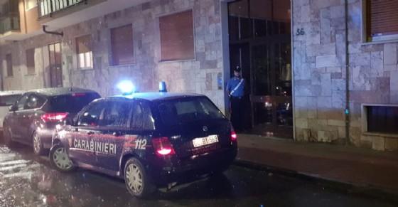I carabinieri in via Juvarra a Nichelino
