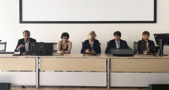 Il tavolo della Conferenza Stampa di Biteg