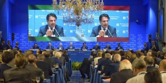 Il presidente del Consiglio Giuseppe Conte durante il suo intervento al Forum di Cernobbio