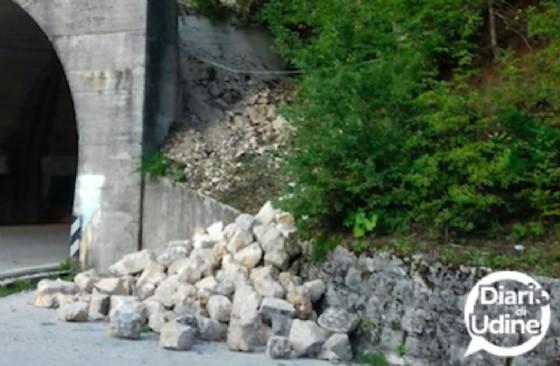 Cede il muro di sostegno: chiusa la strada tra Chiusaforte e Sella Nevea