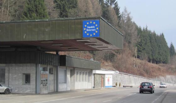 L'Austria sospende Schengen: tornano i controlli al confine