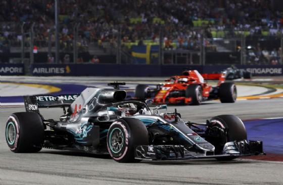 Il vincitore della gara, Lewis Hamilton