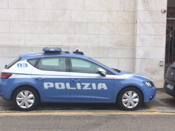 Trieste, precipita a terra e muore: indaga la polizia