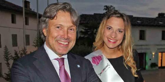 Mara Gava con l'Assessore Regionale al Turismo Sergio Bini
