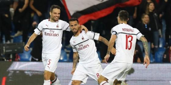 L'esultanza dei rossoneri dopo il primo gol di Suso