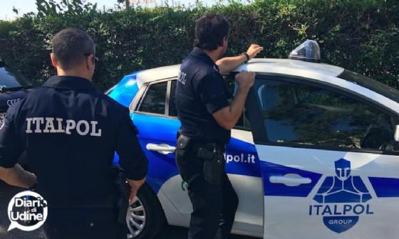 Ladri in azione nel negozio di idraulica: bottino da 10 mila euro