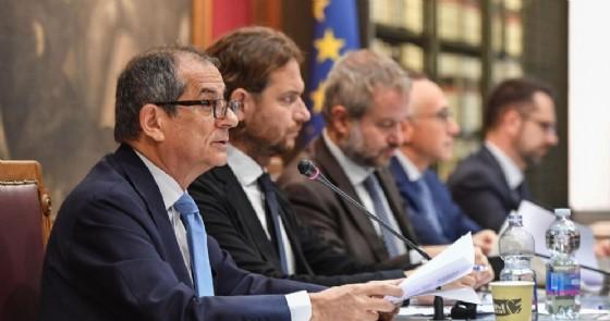 Il ministro dell'Economia e delle Finanze, Giovanni Tria, in audizione alla Commissione di Bilancio riunite di Camera e Senato a Roma