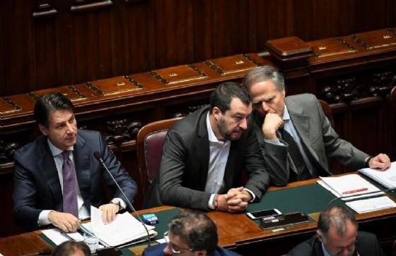 Il vicepremier Matteo Salvini con il ministro degli Esteri Enzo Moavero Milanesi e il premier Giuseppe Conte