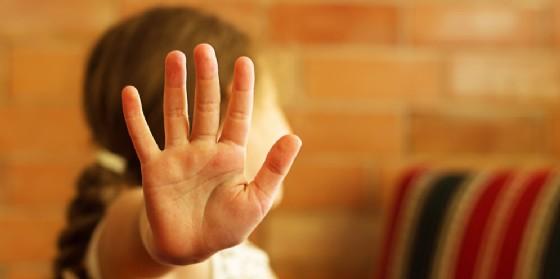 Insegnante troppo violenta in classe: sospesa per 10 mesi