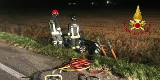Incidente fra due auto nella notte a Villanova Biellese