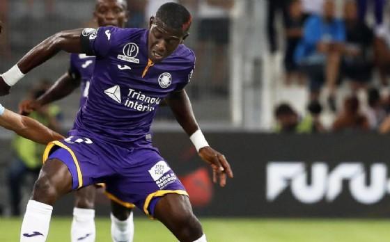 Il centrocampista ivoriano del Tolosa Sangarè