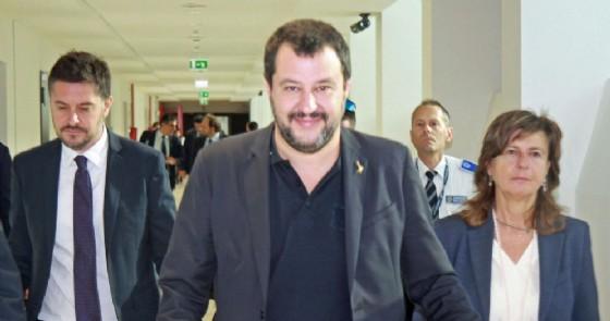 Il vicepremier e ministro dell'Interno, Matteo Salvini, in partenza per Mosca dall'aeroporto di Fiumicino