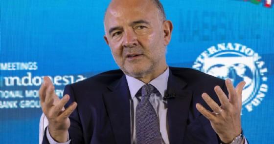 Lettera di Moscovici a Tria, spread vola a 317