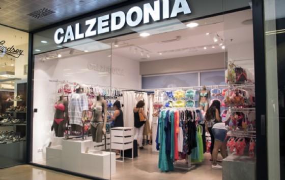Un negozio Calzedonia
