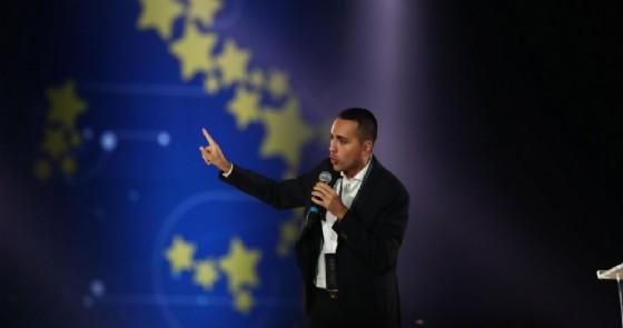Il vice premier e leader del M5s Luigi Di Maio sul palco di Italia 5 Stelle al Circo Massimo