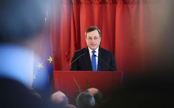 Bce, Draghi:
