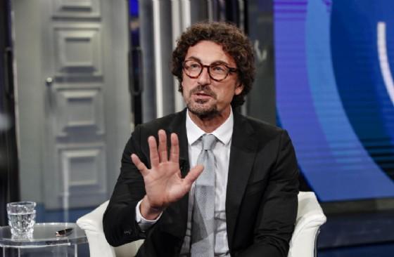 Tav Torino - Lione: Toninelli, ci metteremo d'accordo con Macron per bloccarla