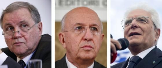 Il presidente della Repubblica Sergio Mattarella, il numero uno di BankitaliaIgnazio Visco e presidente dell'AbiAntonio Patuelli