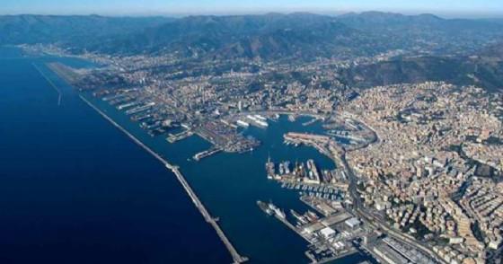 Veduta aerea della città di Genova