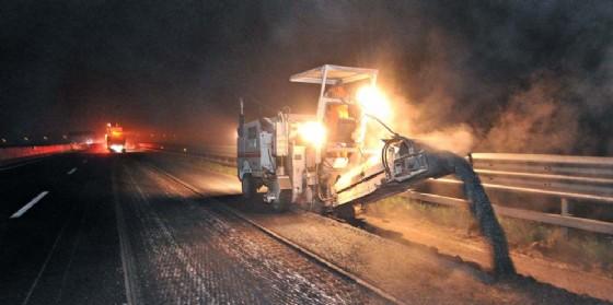 Le piogge hanno deteriorato il manto stradale: nuova chiusura dell'autostrada per lavori