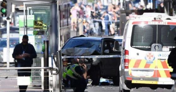 L'attentato a Melbourne rivendicato dall'Isis