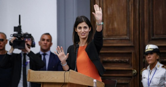 La sindaca di Roma Virginia Raggi in Campidoglio