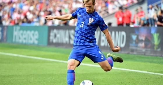 Ivan Strinic, terzino del Milan e della nazionale croata, ancora ai box per un'aritmia cardiaca