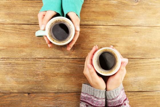 Preferisci tè o caffè?