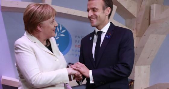 Trump attacca Macron, esercito Ue? Paghi per la Nato!