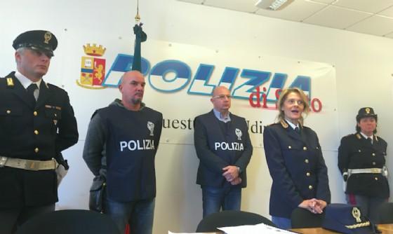 Traffico di cuccioli: la Polizia di Amaro stronca un'organizzazione criminale