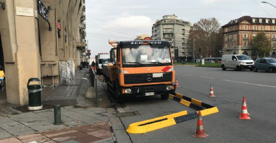 Piazza Statuto troppo pericolosa per i ciclisti: al via i lavori per una nuova pista ciclabile