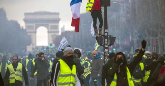 Gilet gialli, nasce a Torino il coordinamento italiano: «Pronti a scendere in piazza»