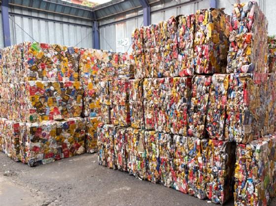 In Fvg si spendono 221 euro all'anno per i rifiuti
