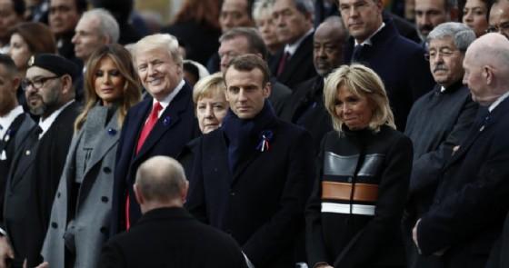 La first lady Melania Trump guarda il presidente russo Vladimir Putin durante il G20 di Buenos Aires