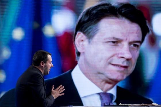 Manovra, l'Ue e governo premono su Conte: