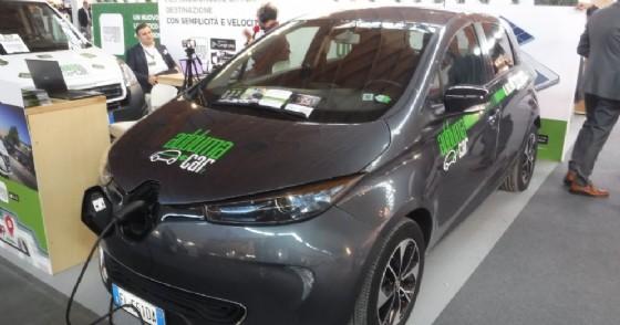 Auto elettrica a Ecomondo Key Energy di Rimini. 7 novembre 2018