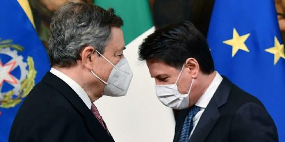 Mario Draghi e Giuseppe Conte: attuale ed ex Presidente del Consiglio