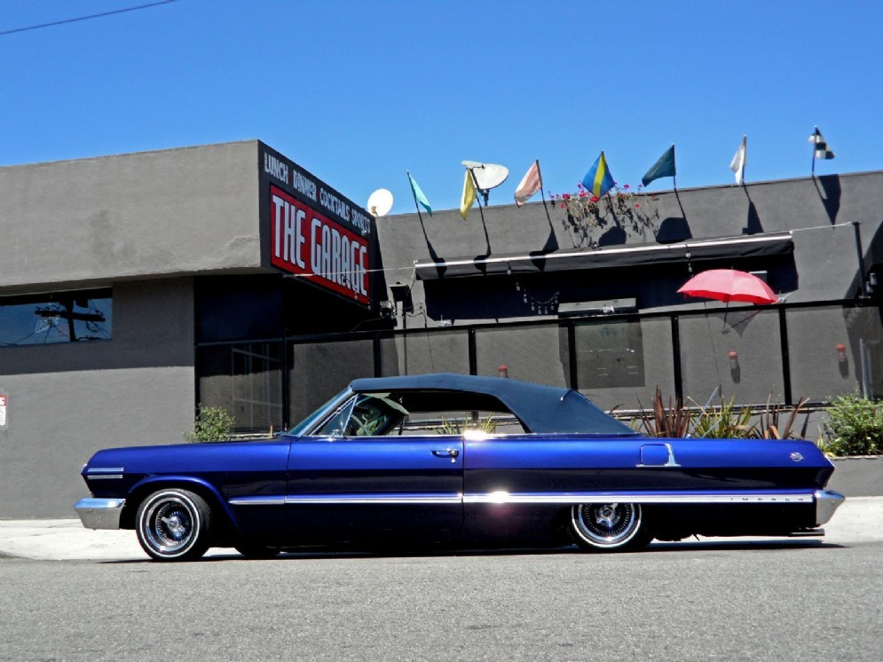 Kobe Bryant preferisce classiche americane come questa Impala lowrider