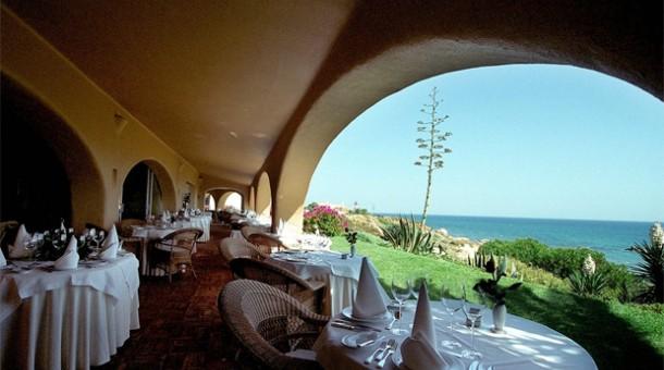 La terrazza del ristorante Vila Joya