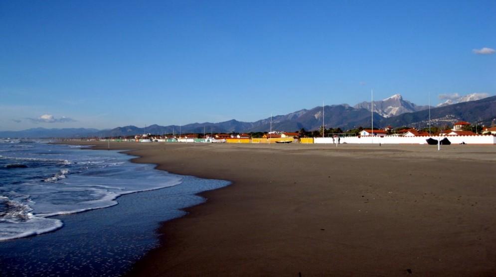 La spiaggia di Forte dei Marmi in inverno
