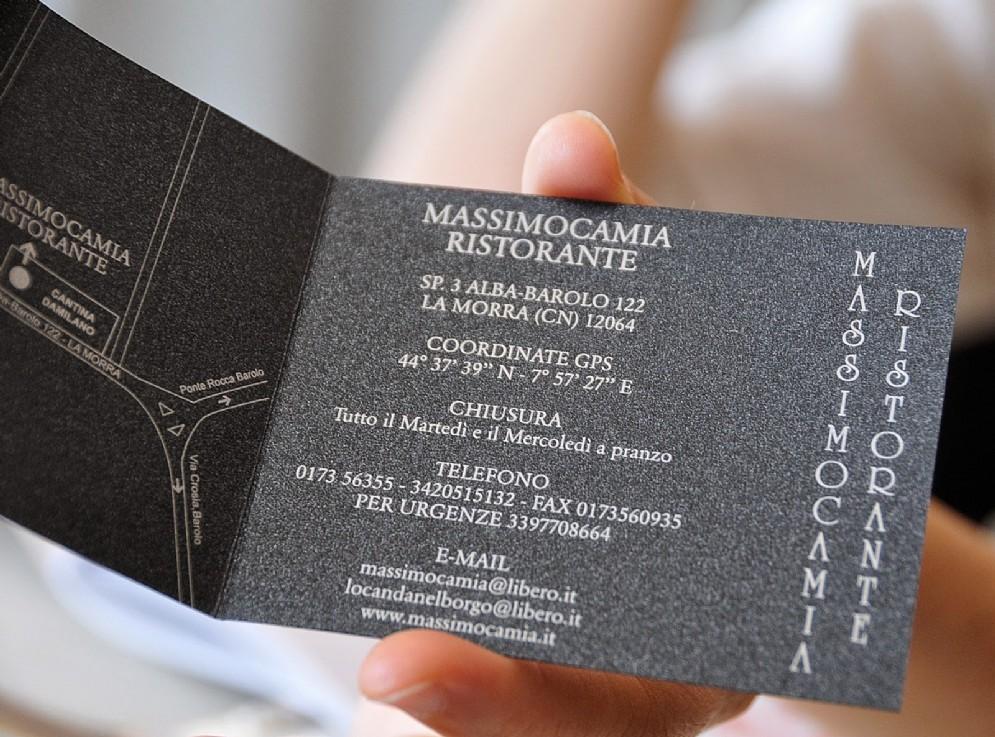 Il dettagliatissimo biglietto da visita