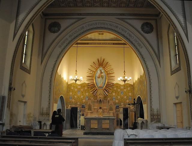 La chiesa all'interno dell'Hotel Covento