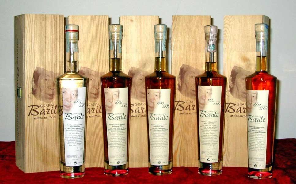 Una piccola selezione storica di grappe Barile