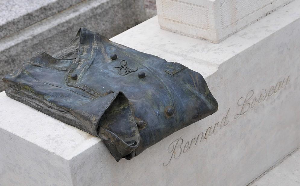 Il camice da chef, sulla tomba di Bernard Loiseau