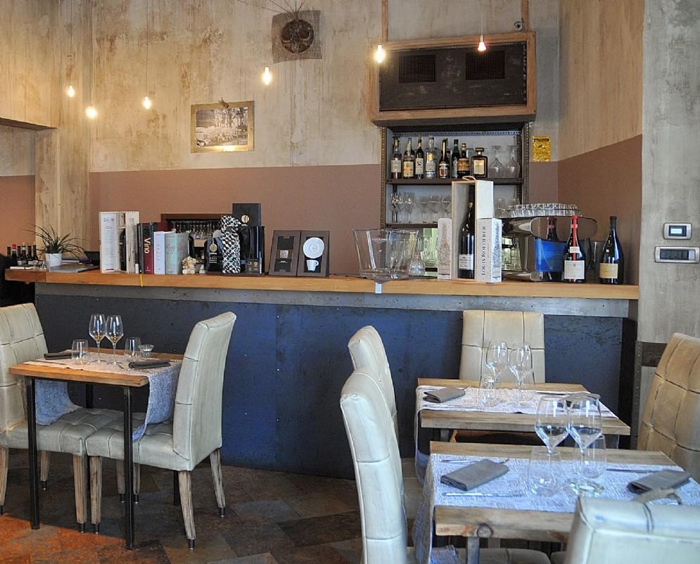 Uno scorcio d'interno del ristorante Eos di Torino