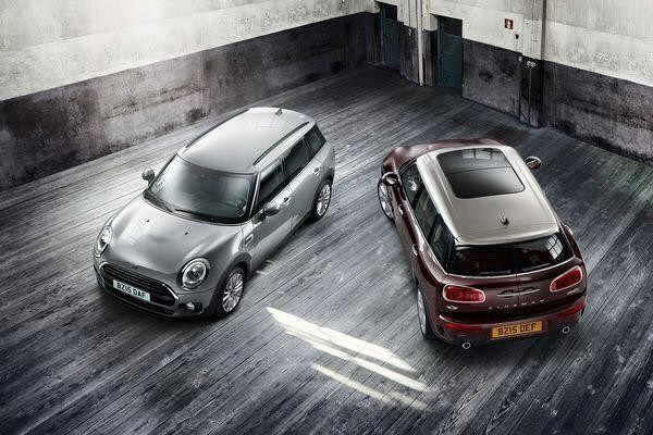Al lancio saranno disponibili le versioni a benzina Cooper (1.5 turbo da 136 CV) e Cooper S (2.0 Turbo da 192 CV) e diesel Cooper D (2.000 da 150 CV)