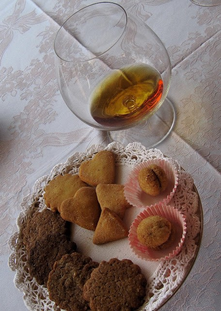 Inevitabile Calvados con i biscotti e le frolle -stavolta al burro - de La Conchiglia