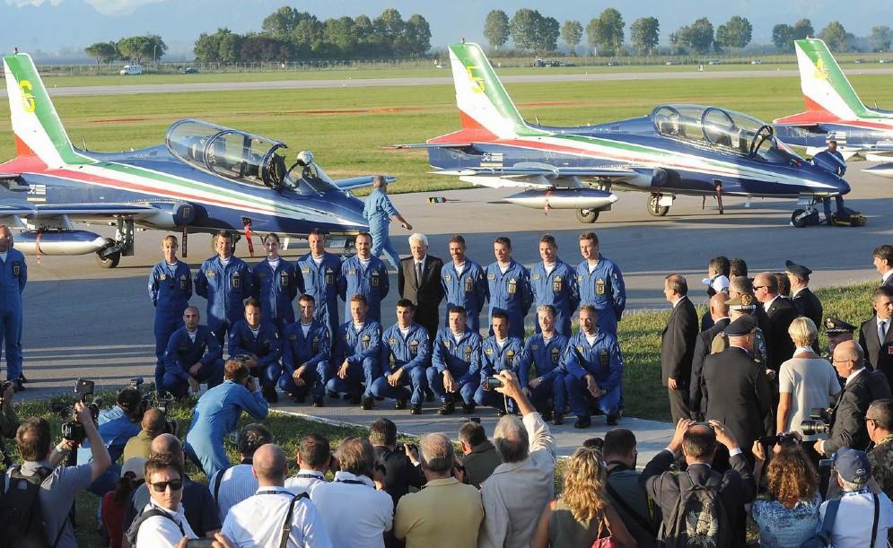 Il presidente posa con i piloti